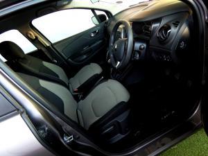 Renault Captur 900T Expression 5-Door - Image 9