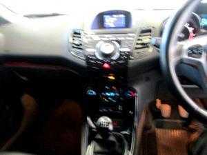 Ford Fiesta 1.0 Ecoboost Titanium 5-Door - Image 17