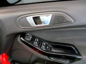 Ford Fiesta 1.0 Ecoboost Titanium 5-Door - Image 24