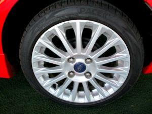 Ford Fiesta 1.0 Ecoboost Titanium 5-Door - Image 27