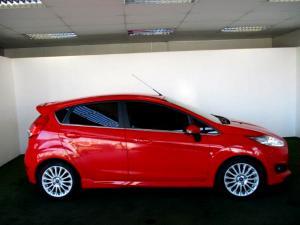 Ford Fiesta 1.0 Ecoboost Titanium 5-Door - Image 9