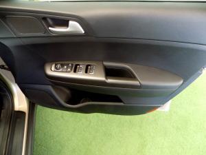 Kia Sportage 1.7D Ignite - Image 24