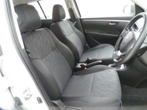 Suzuki Swift hatch 1.2 GL auto - Image 8