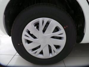 Suzuki Swift hatch 1.2 GL auto - Image 9