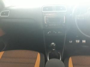 Volkswagen Cross Polo 1.6 Comfortline - Image 7