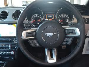 Ford Mustang 2.3T fastback auto - Image 10