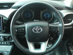 Toyota Hilux 2.8 GD-6 Raider 4X4D/C automatic - Image 16