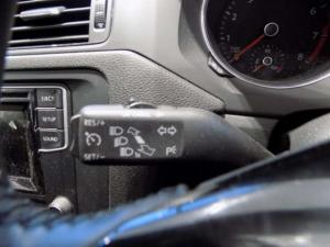 Volkswagen Jetta GP 1.6 Conceptline - Image 11