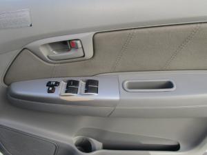 Toyota Hilux 3.0 D-4D Raider 4X4D/C - Image 17