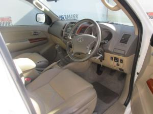 Toyota Fortuner 3.0D-4D Raised Body - Image 4