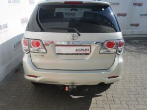 Toyota Fortuner 3.0D-4D Raised Body automatic - Image 12