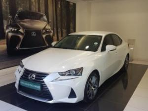 Lexus IS 200T EX/300 EX - Image 1
