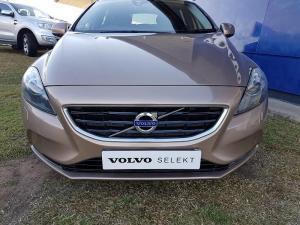 Volvo V40 T4 Excel - Image 3