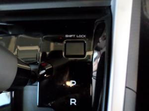 Isuzu MU-X 3.0D 4X4 automatic - Image 10