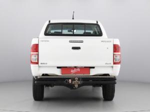 Toyota Hilux 2.5D-4D double cab 4x4 SRX - Image 15