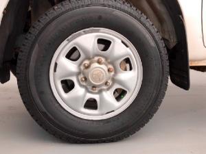 Toyota Hilux 2.5D-4D double cab 4x4 SRX - Image 16