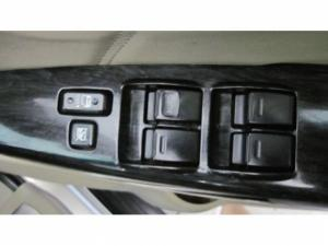 Toyota Fortuner 3.0D-4D 4X4 automatic - Image 10