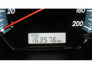 Toyota Fortuner 3.0D-4D 4X4 automatic - Image 13