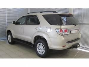 Toyota Fortuner 3.0D-4D 4X4 automatic - Image 5