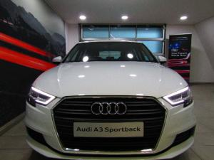 Audi A3 Sportback 2.0 TDI Stronic - Image 19