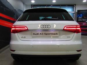 Audi A3 Sportback 2.0 TDI Stronic - Image 11