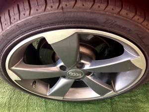 Audi S3 Stronic 3-Door - Image 10