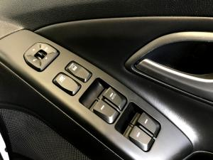 Hyundai iX35 1.7 Crdi Premium - Image 21