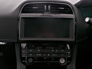 Jaguar F-Pace 25d AWD R-Sport - Image 11