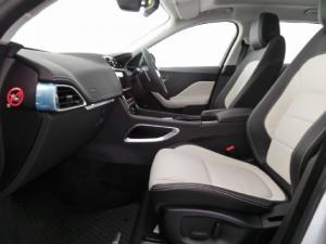Jaguar F-Pace 25d AWD R-Sport - Image 8