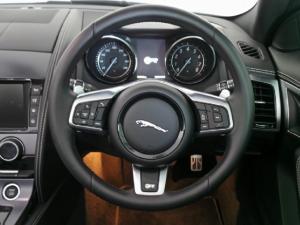 Jaguar F-Type R convertible - Image 10