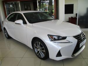 Lexus IS 200t EX - Image 1