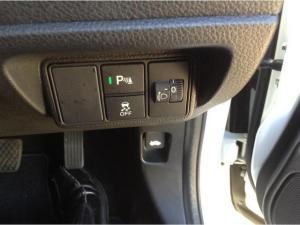 Honda Civic 1.8 Elegance automatic - Image 12