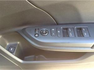 Honda Civic 1.8 Elegance automatic - Image 13