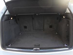 Audi Q5 2.0 TDI S Quattro S Tronic - Image 16