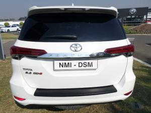 Toyota Fortuner 2.4GD-6 Raised Body automatic - Image 17