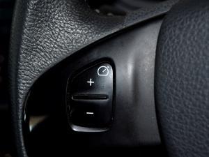 Renault Sandero 900T Stepway - Image 10