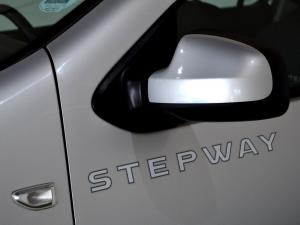 Renault Sandero 900T Stepway - Image 4