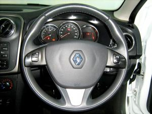 Renault Sandero 900T Stepway - Image 13