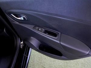 Renault Clio IV RS 18 F1 EDC - Image 27