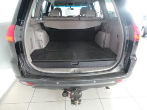 Mitsubishi Pajero 5-door 3.2DI-D GLS - Image 6