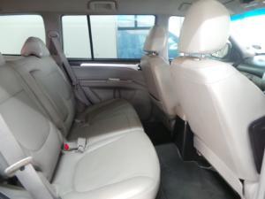 Mitsubishi Pajero 5-door 3.2DI-D GLS - Image 7