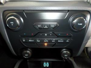 Ford Everest 2.2 TdciXLT automatic - Image 9