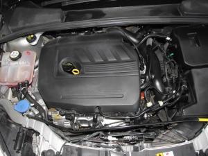 Ford Focus 1.5 Ecoboost Trend 5-Door - Image 13