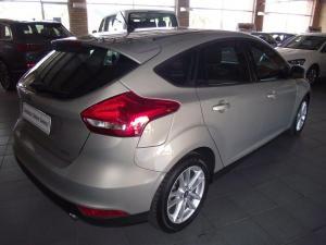 Ford Focus 1.5 Ecoboost Trend 5-Door - Image 7