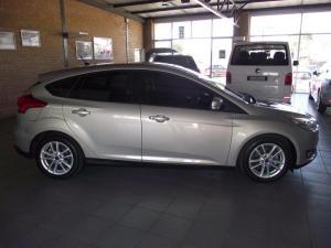 Ford Focus 1.5 Ecoboost Trend 5-Door - Image 8