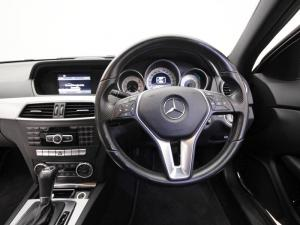 Mercedes-Benz C250 BE Coupe automatic - Image 13