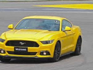 Ford Mustang 5.0 GT - Image 4