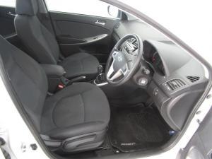 Hyundai Accent 1.6 Fluid 5-Door - Image 5