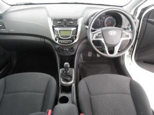 Hyundai Accent 1.6 Fluid 5-Door - Image 6