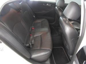 Hyundai Sonata 2.4 GDI Elite automatic - Image 3